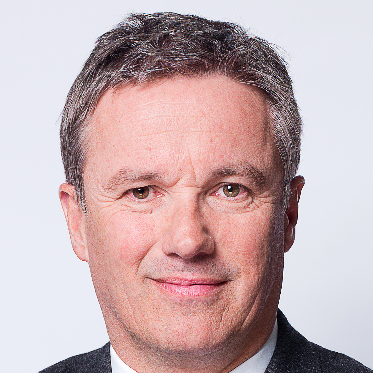 nicolas dupontaignan french presidential candidate 2017 - attribution https://commons.wikimedia.org/wiki/File:Portrait_5_-_Flickr_-_dupontaignan.jpg